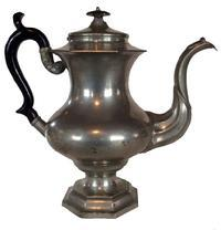 "A46 Leonard Reed & Barton pewter coffee pot late 19th c., 12"" h."