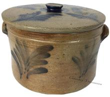 D410 Pennsylvania stoneware lidded cake crock, 19th c., with cobalt foliate sprays,