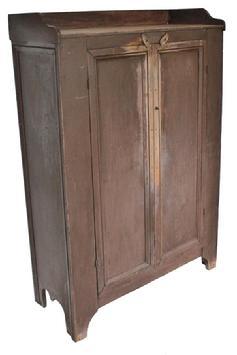 WL7 Late 19th century Storage Cupboard, from Broadway Va. Rockingham County , In the Shenandoah Valley. Applied gallery and nice molding around end and doors, very unusual color, Mulberry .