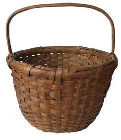 E37 Early 20th century Eastern Shore Maryland hand made Basket in old natural patina, with a double wrapped rim  beautiful steamed and bent handle, reinforce bottom, excellent condition