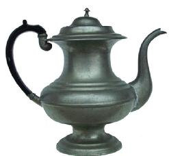 Z72 19th century American Pewter Teapot   Touch mark for Hiram Yale & Co., Wallingford, Connecticut (ca. 1824-1835). Jacobs #296  has acorn finial, teapot
