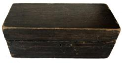 "E277 Early 19th century Document Box, dovetaile construction, original harward signed and dated 1822 on bottom Measurements are: 10"" long x 4 1/2"" deep x 4"" tall"