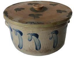 A217 Cobalt Blue Floral and Leaf Slip Decorated Stoneware Pottery Cake Crock with Lid. Straight sided with incised bands and ear handles.