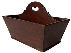 F150 Early 19th century fine walnut cutlery tray / knife box. Circa 1820. Having two deep sections with raised divider with heart shaped pierced central carrying handle. Constructed of walnut wood with a canted dovetailed case. This tray retains its original patina.