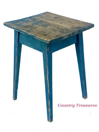 E584 Early 19th century Maryland splay leg  hepplewhite Stand, original blue paint, the base is all mortised peg, the top is held on with sqaure head nails Circa 1820