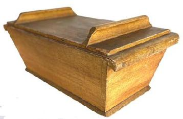 F499 Early 19th century small table top Dough Box, original mustard decorated paint the wood is pine, the dough box has slanted sides and removable lid, with applied handles to top of lid , the case is dovetailed, with an applied bottom which is one board, nice and clean interior